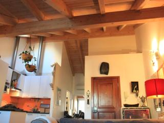 Arroios Shining Loft, Quiet and Central - Lisbon vacation rentals