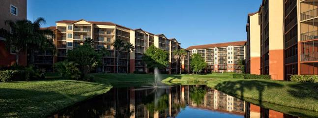 Peaceful and serene lakefront views easily seen from your vacation villa - Beautiful 2 Bedroom Condo on the Lake - Orlando - rentals