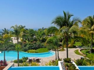 Wonderous 3 Bedroom Apartment with Pool in Punta Mita - Image 1 - Punta de Mita - rentals