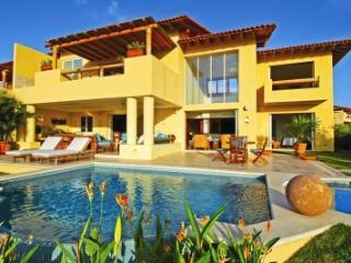 Astounding 4 Bedroom Villa with Private Whirlpool & Swimming Pool in Punta Mita - Punta de Mita vacation rentals