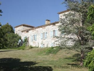 Country Courtyard Chateau FRMD123 - Puy-l Eveque vacation rentals