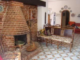 Ambrosia Luxury Villa - Piana degli Albanesi vacation rentals