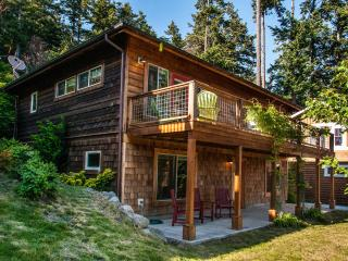 Beautiful Family-Friendly, Ocean View in Eastsound - Eastsound vacation rentals
