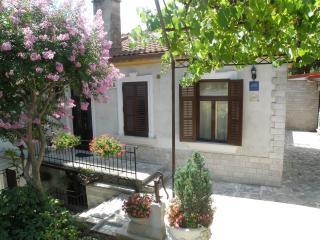 Warm and homelike 1 bedroom apartment Salona No. 2 in Opatija - Opatija vacation rentals