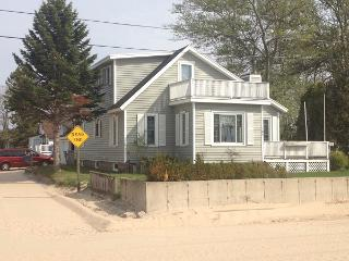Manistee Beach House with Sunset Views - Manistee vacation rentals