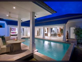 Luxurious Private Villa in Choeng Mon - Koh Samui vacation rentals