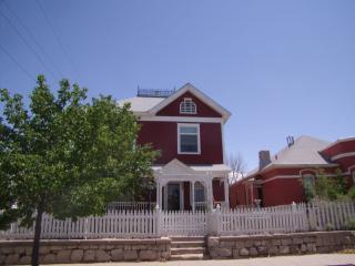 The Manor House - Albuquerque vacation rentals