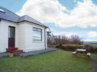 FLADDA-CHUAIN, wonderful walking country, stunning views, romantic cottage on Skye, Ref. 17717 - Dunvegan vacation rentals
