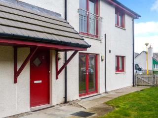 HILL VIEW APARTMENT, pet-friendly apartment close to village amenities, heart of Cairngorms, in Aviemore, Ref 906247 - Nethy Bridge vacation rentals