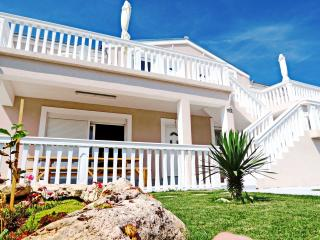 Tena Orange - Liznjan vacation rentals