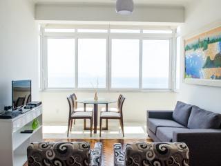 W101 - 3 Bedroom with Ocean View in Copacabana - Rio de Janeiro vacation rentals