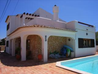 Beautiful Villa for rent in the most nice village from the Algarve - Macao vacation rentals