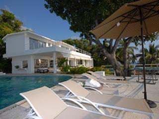 Senior living Resort donde mira el sol Acapulco - Acapulco vacation rentals
