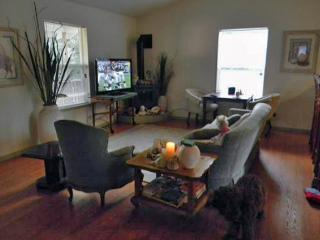 Sandy Glove Cottage Exclusive Vacation Getaway - Fort Bragg vacation rentals