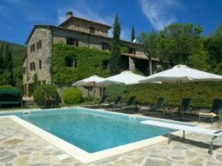 Beautifully Restored 4BR/4BA - Villa Fonte Vecchia - Preggio vacation rentals
