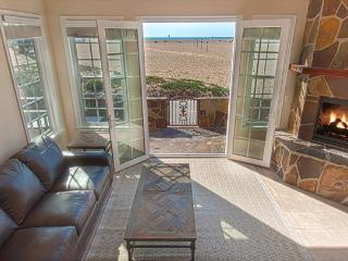 408 A East Oceanfront- Lower 4 Bedroom 3.5 Baths - Irvine vacation rentals