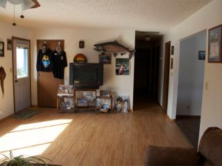 Private Home country setting, close to town - Soldotna vacation rentals
