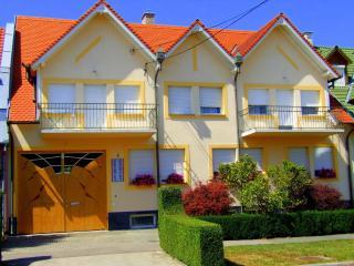 Apartman Révész - Pecs vacation rentals