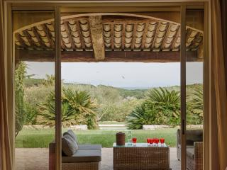 Charming Villa in St-Tropez, 8 bedrooms, 16 people - Saint-Tropez vacation rentals