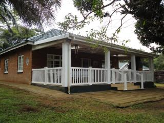 Kaja vir Baja Beach Cottage - Glenmore Beach vacation rentals