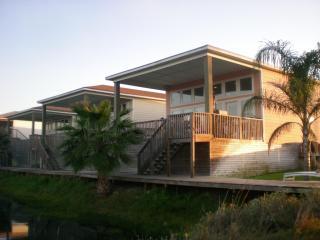 Condo LP308 Charming 2BR2.5BTH - Port Aransas vacation rentals