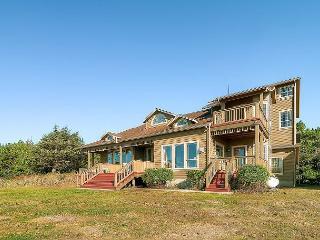 Breathtaking 5BD/4BA Oceanfront Home! Hot Tub,WiFi* Summer Specials - Ocean Park vacation rentals