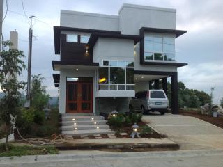 Sandari, Batulao, Philippines - Tibiao vacation rentals