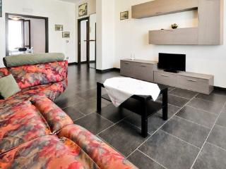 Trendy and spacious flat in the heart of Alghero - Sardinia vacation rentals