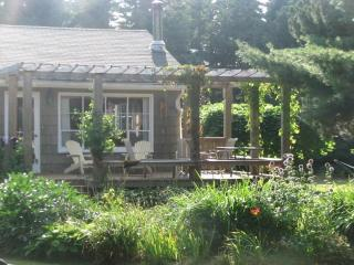 Beautiful, spacious summer cottage by the beach - Stanhope vacation rentals