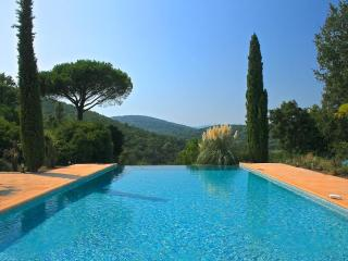 Great Villa with a Huge Pool, Sleeps up to 12 People, Saint Tropez - Gassin vacation rentals