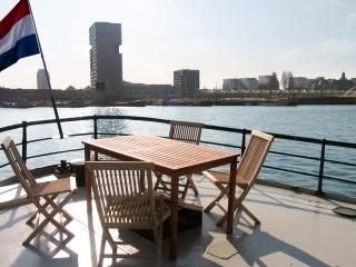 Private Sunny Wheelhouse Houseboat Apartment - Amsterdam vacation rentals