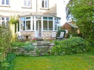 LITTLE GREBE, all ground floor annexe, specious, well-equipped accommodation, pet-friendly, in Hornsea, Ref 906593 - East Riding of Yorkshire vacation rentals