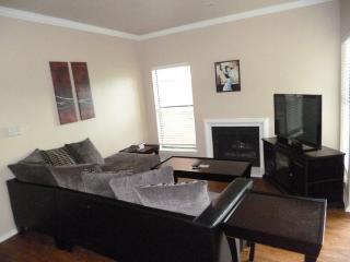 Knoxbridge1UT4630413 - Dallas vacation rentals