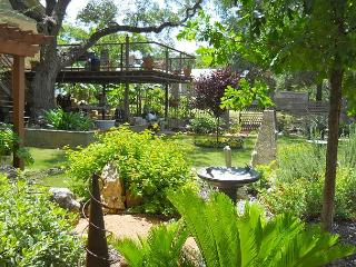 Garden Hide Away - 2BR/1BA Quiet Rental - Gorgeous Gardens, Great Value - Austin vacation rentals