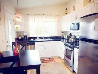 Tina's Luxury Studio II - Southern Oregon vacation rentals
