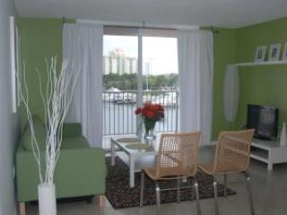 The Yacht Club At Aventura. 1 Bedroom Waterfront!6 - Image 1 - Aventura - rentals