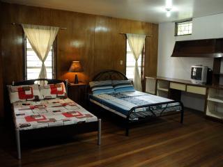 1896 Bed and Breakfast BAGUIO CITY–Del Pilar Room - Baguio vacation rentals