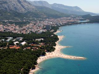 Apartment Seaview A4+2 Gojak Milenka 100m sea WIFI - Makarska vacation rentals
