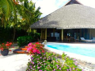 Pool and Beach villa by ENJOY VILLAS - French Polynesia vacation rentals