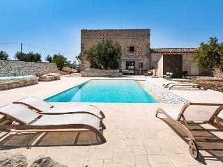 Villa Ragusa Villa rental in Sicily, vacation rental Sicily, holiday let in Sicily, private villa with pool in Sicily - Ragusa vacation rentals