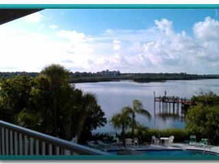La Buena Vida II...a gorgeous unit and view! - Indian Shores vacation rentals