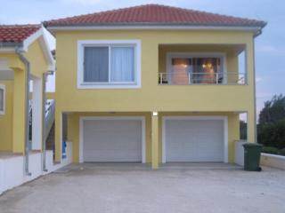 Apartmani More - Seaview-walk to Historic Nin - Privlaka vacation rentals