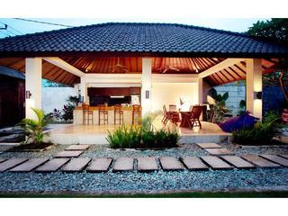 Moon Rocks Villa  stroll to beach cafes & waves - Canggu vacation rentals