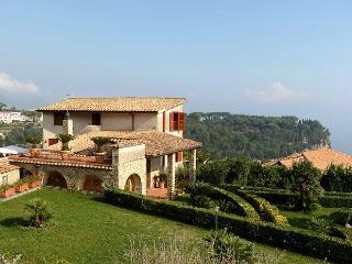 Della Scala - Cava De' Tirreni vacation rentals