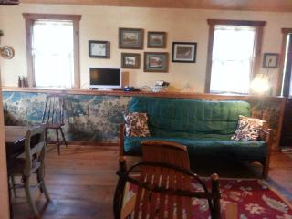 Country Cozy Cottage - Glenmoore vacation rentals