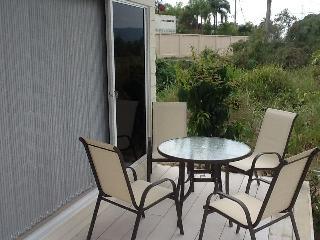 1 Bed Studio unit set in tropical garden - Na Chom Thian vacation rentals