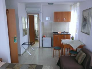 Studio apartment Šime (2+1) - Korcula vacation rentals