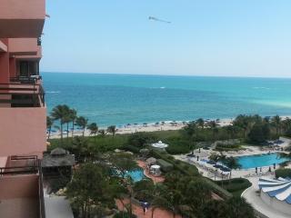 The Alexander Hotel Miami Beach FL - Unit 1109 - Gorgeous 2 Bedroom in Ocean Front Resort with Ocean Views - Miami Beach vacation rentals