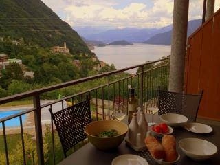 2 bedroom Apt with large balcony and pool - Argegno vacation rentals