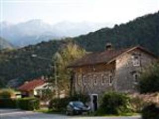 Front of house, behind is the Julian Alps - Roman Cottage - Tolmin - rentals
